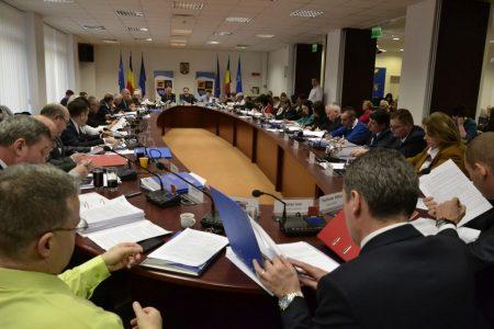 """""""Consiliul Judetean ne datoreaza 3 milioane de lei!"""""""