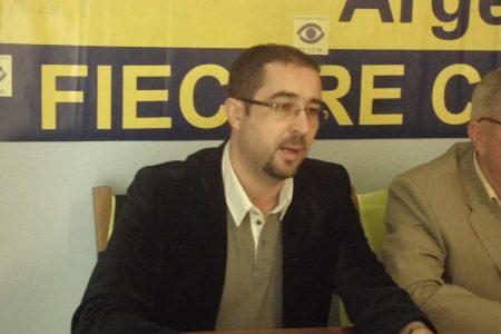 Executorul judecatoresc Eugen Fieraru și avocatul Mihai Cocaina, trimiși in judecata