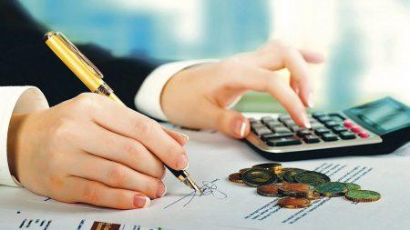 Directorii din Companie nu vor mai avea salarii mai mari decat generalul
